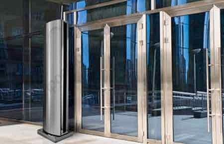 защита проемов от холодного воздуха водяными завесами ballu